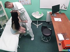 Naked patient abiding fucked wits the physician and taped secret