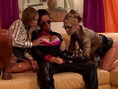 Nessa Devil Eliss Fire And Zuzana Z Eur amazing wet lesbians threesome